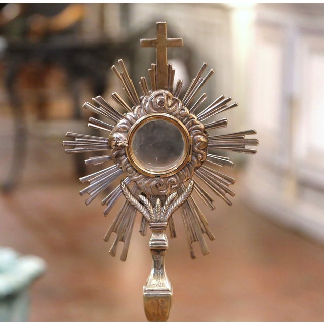 Mid 19th Century 19th Century French Bronze Silvered Catholic Monstrance With Cross & Wheat Decor For Sale - Image 5 of 9