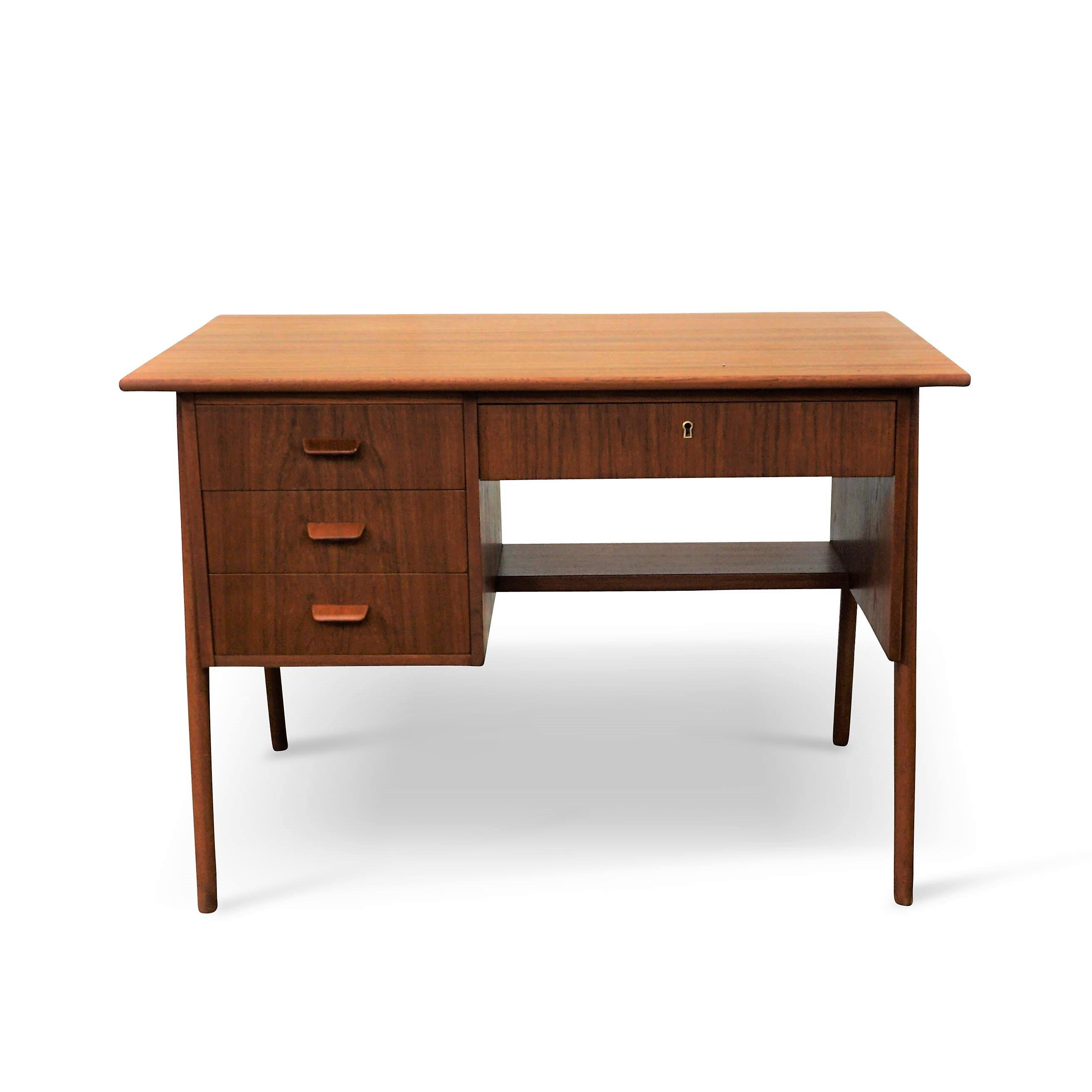 Producer: Danish Furniture Makers Model: Desk Time Period: 1950´s  Dimensions: