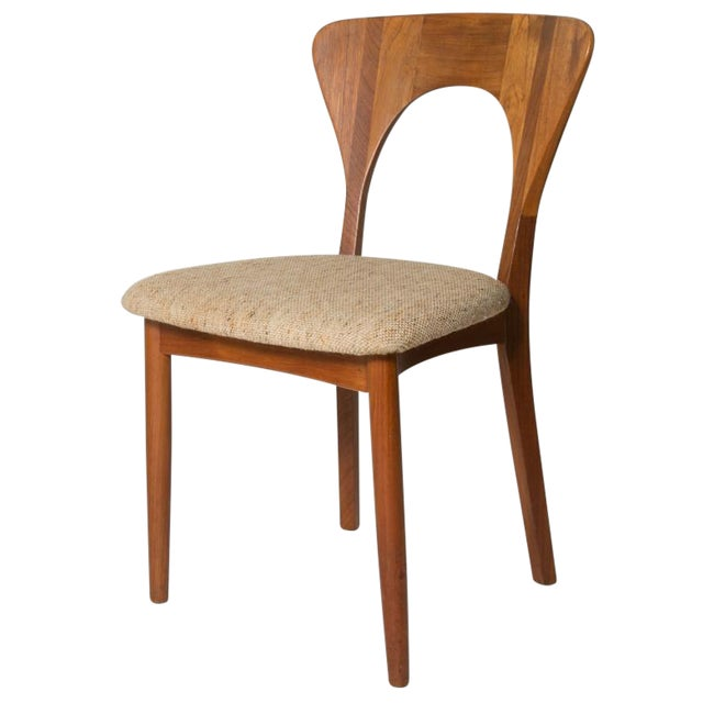 Mid-Century Modern Key Hole Dining Chair - Image 1 of 4