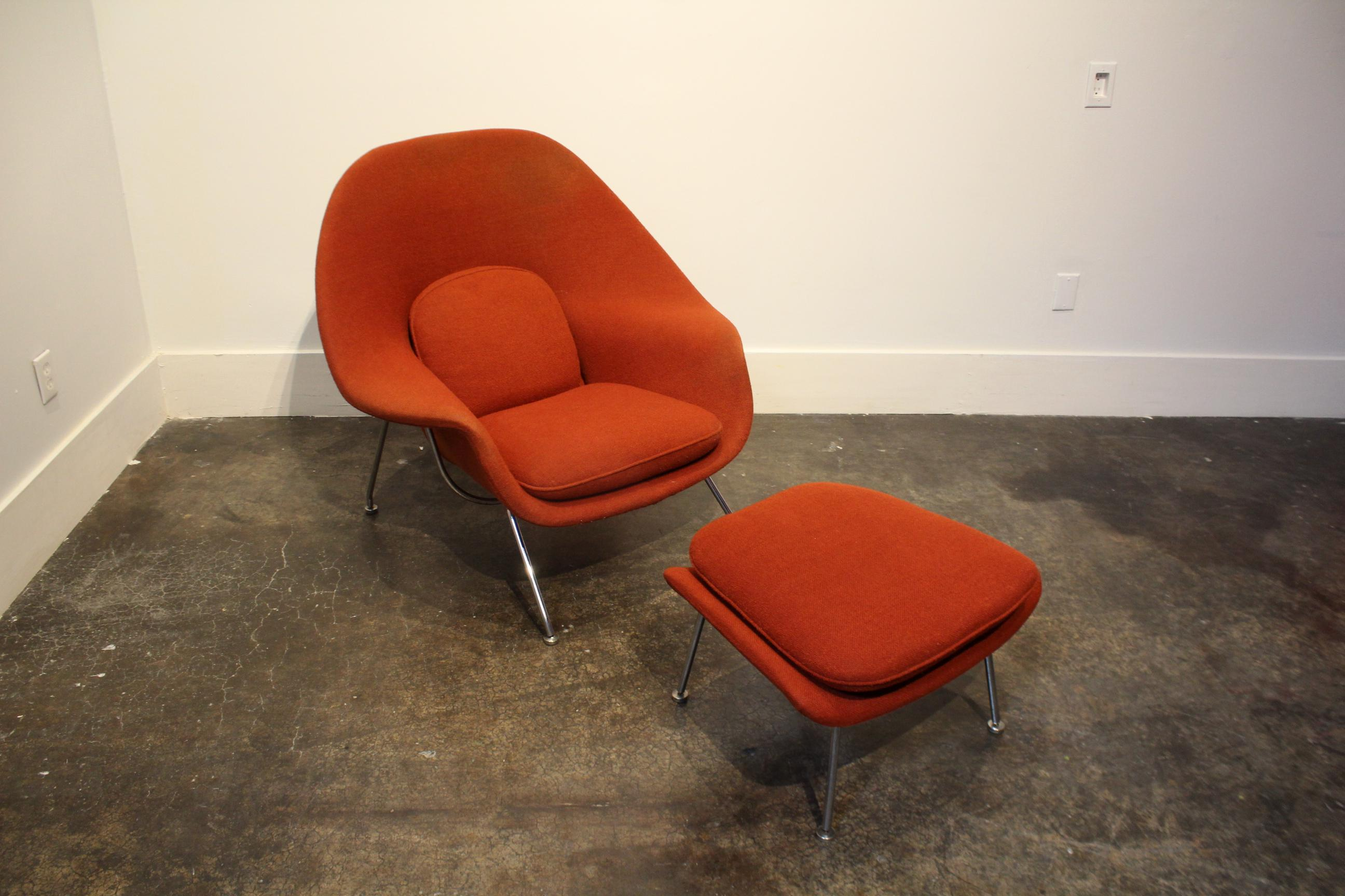 Vintage Knoll Eero Saarinen Womb Chair And Ottoman. Labels Date It To The  1960u0027s.
