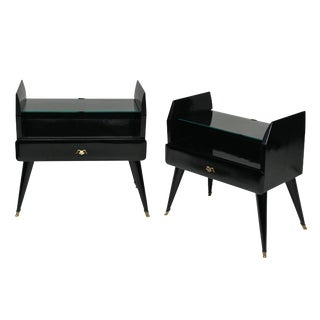 A Pair of Stylish Black Lacquered Night Stands For Sale