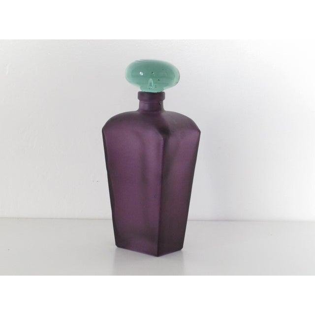 Purple Glass Decanter - Image 3 of 4