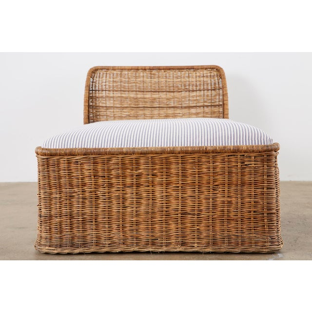 Organic Modern Style Wicker Daybed or Chaise Lounge For Sale In San Francisco - Image 6 of 13
