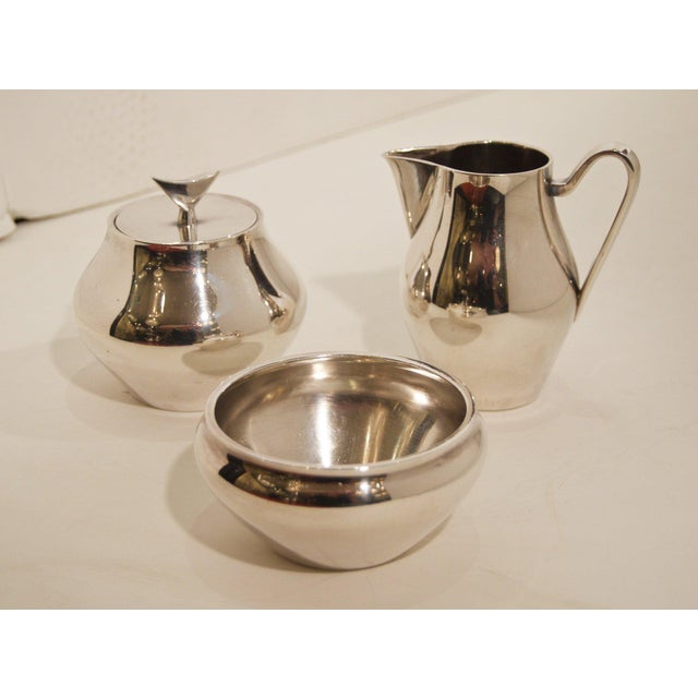 Metal Denmark Complete Tea and Coffee Service by John Prip for Reed & Barton - 5 Pc. Set For Sale - Image 7 of 8