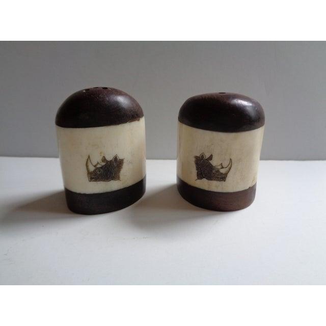 Mid 20th Century Vintage Wooden African Rhinoceros Salt and Pepper Shaker Set For Sale - Image 5 of 5