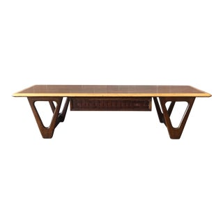 Mid-Century Modern Lane Two Tone Coffee Table For Sale