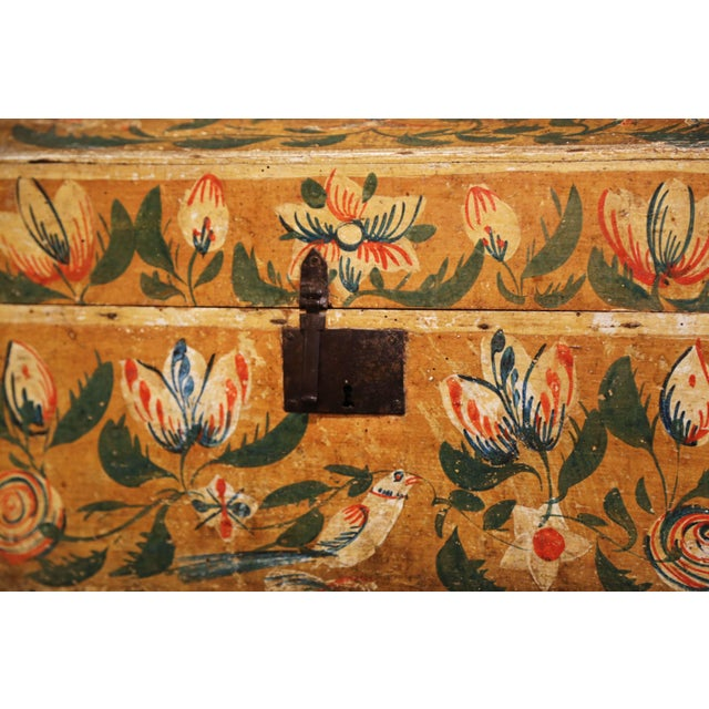 Late 18th Century 18th Century French Normand Painted Wedding Box With Bird and Floral Motifs For Sale - Image 5 of 12