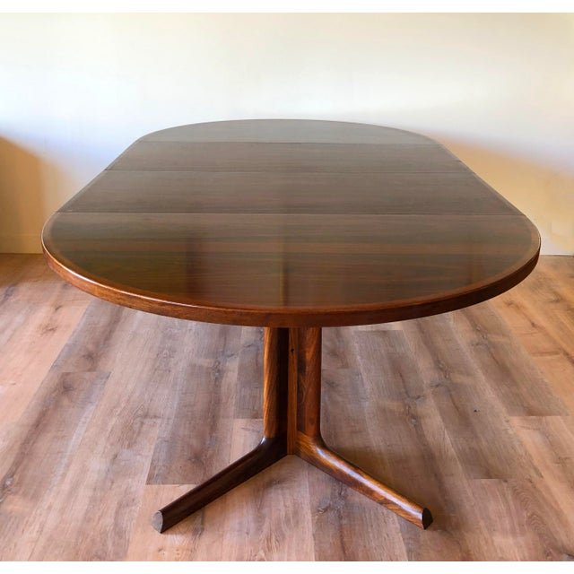 In near pristine condition. No significant blemishes, scratches, marks. Made in Denmark. Two leaves and felt cover....