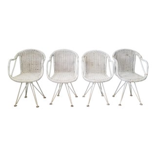 Italian Vintage Woven Wicker and Metal Base Swivel Dining Chairs Set of - 4 . For Sale