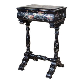 19th-Century Inlaid Sewing Table in Black Lacquer For Sale