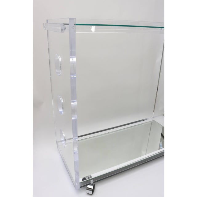 Hollywood Regency Lucite and Mirror Bespoke Bar Cart by Alexander Millen For Sale - Image 3 of 11