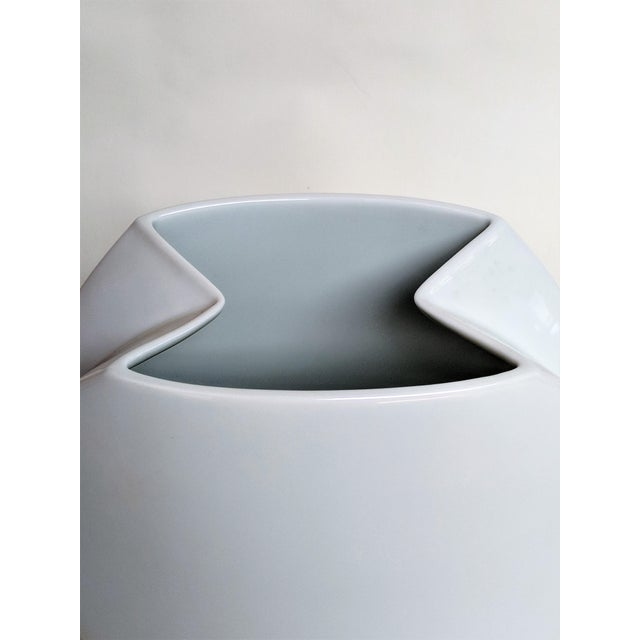 Mid-Century Modern Rosenthal White Ceramic Vase For Sale In Miami - Image 6 of 13