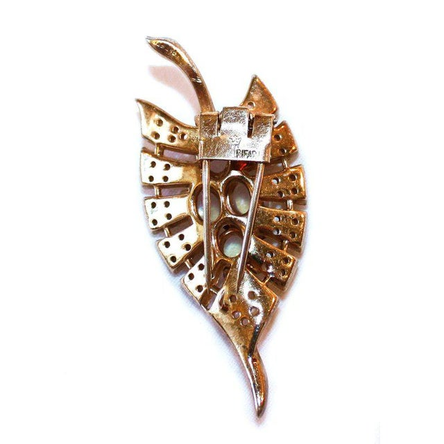 Traditional C.1930's Trifari Jeweled Sterling Fur Clip, Brooch For Sale - Image 3 of 4