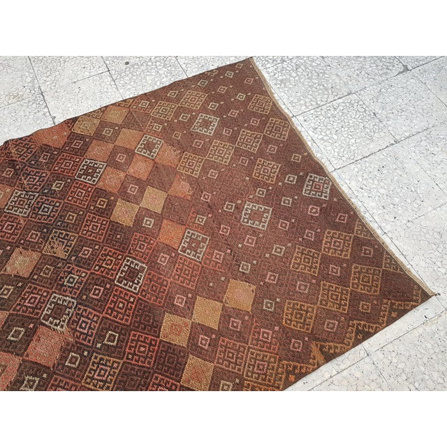 "1970s Distressed Vintage Turkish Soumac Rug 4'2"" X 6'3"" For Sale - Image 5 of 8"