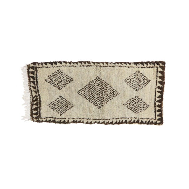 """Islamic Azilal Vintage Moroccan Rug, 2'7"""" X 6'0"""" Feet For Sale - Image 3 of 6"""
