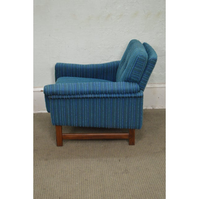 Mid-Century Modern Danish Modern Mid Century Teak Frame Blue Upholstered Lounge Chair For Sale - Image 3 of 10