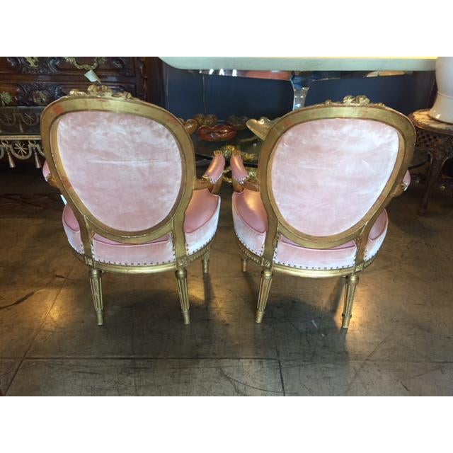 French 19th Century French Carved Gilt & Pink Leather Aubusson Back Arm Chairs - a Pair For Sale - Image 3 of 13