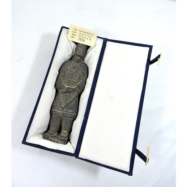 Vintage Chinese Terracotta Warrior Figure (X'ian), Boxed Statue For Sale - Image 9 of 9