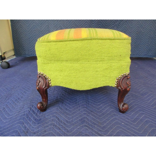 French French Style Footstool With Mid-Century Modern Fabric For Sale - Image 3 of 11