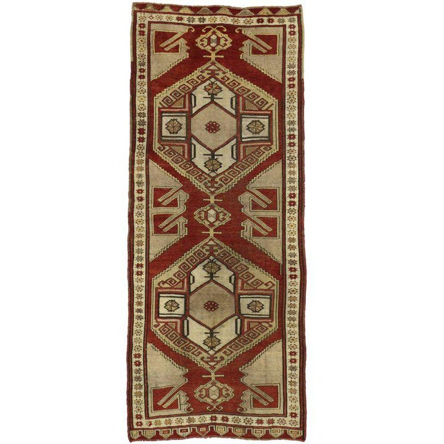 Mid 20th Century Vintage Turkish Oushak Runner with Modern Tribal Style, Hallway Runner For Sale - Image 5 of 5