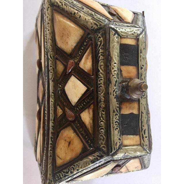Animal Skin Moroccan Decorative Jewelry Box Inlaid With Bone and Silvered Brass For Sale - Image 7 of 13