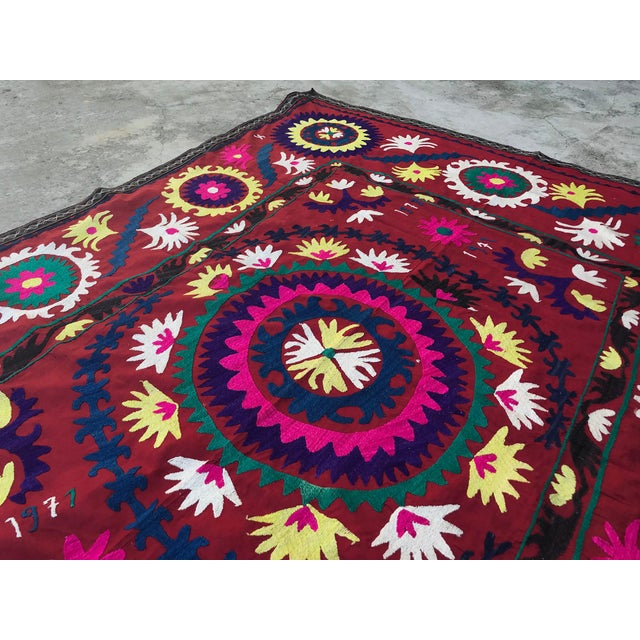 "1970s 1971 Handmade Suzani Bedspread Throw - 6' x 4'8"" For Sale - Image 5 of 7"