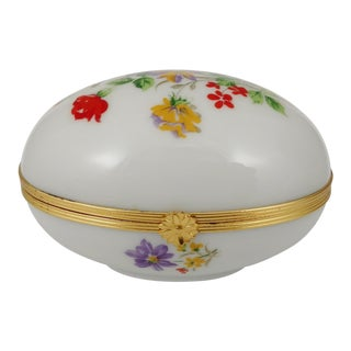 Early 20th Century Antique Limoges French Gilt Porcelain Trinket Egg Box For Sale
