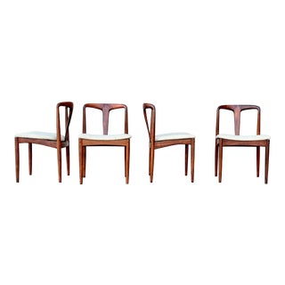 "Mid Century Danish Modern Johannes Andersen ""Juliane"" Dining Chairs - Set of 4 For Sale"