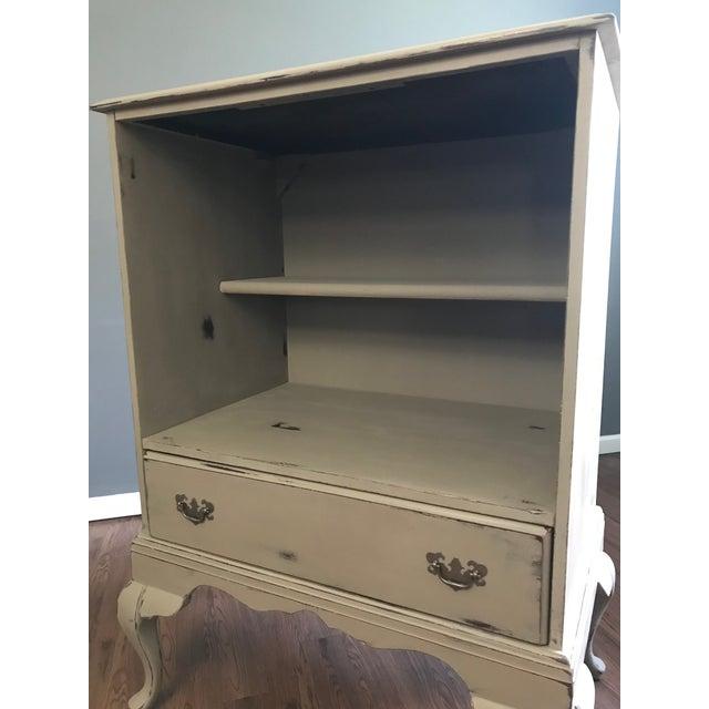 Queen Anne Bookshelf Cabinet - Image 5 of 8