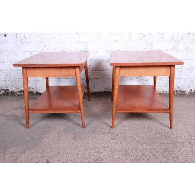 Paul McCobb Planner Group Mid-Century Modern Nightstands or End Tables - a Pair For Sale - Image 11 of 13