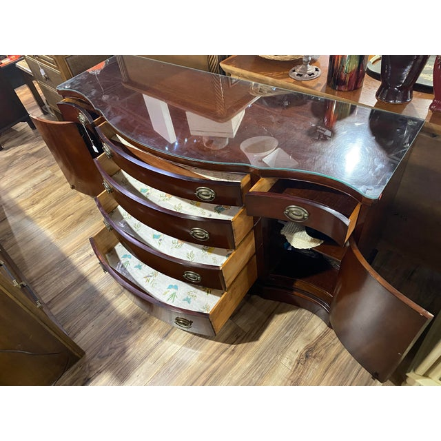 """1990s Mahogany """"Drexel Heritage Credenza For Sale - Image 5 of 9"""