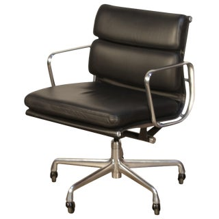 Soft Pad Management Chairs by Charles Eames for Herman Miller, 2006 Near Mint For Sale