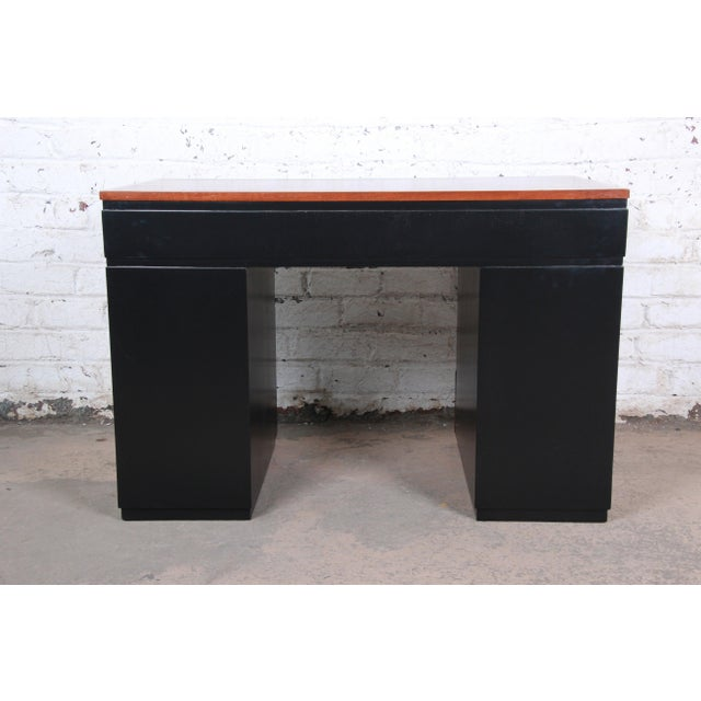 Early Edward Wormley for Dunbar Walnut and Black Lacquered Kneehole Desk, 1940s For Sale - Image 11 of 13