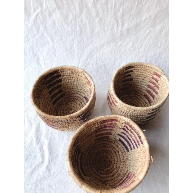 1990s Vintage Tribal Grass Baskets - Set of 3 For Sale - Image 5 of 8