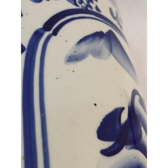 "White Vintage Chinoiserie Umbrella Stand Cobalt Blue White Chinese Porcelain 18"" For Sale - Image 8 of 11"