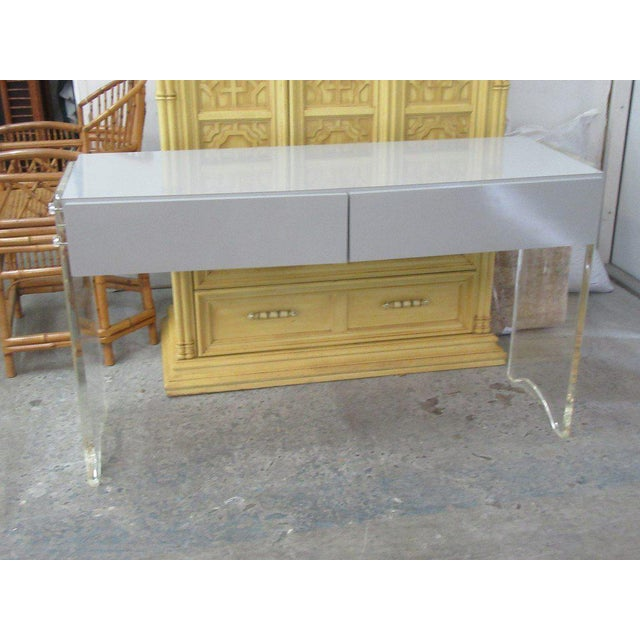 Lucite & Mica Vanity For Sale - Image 4 of 6