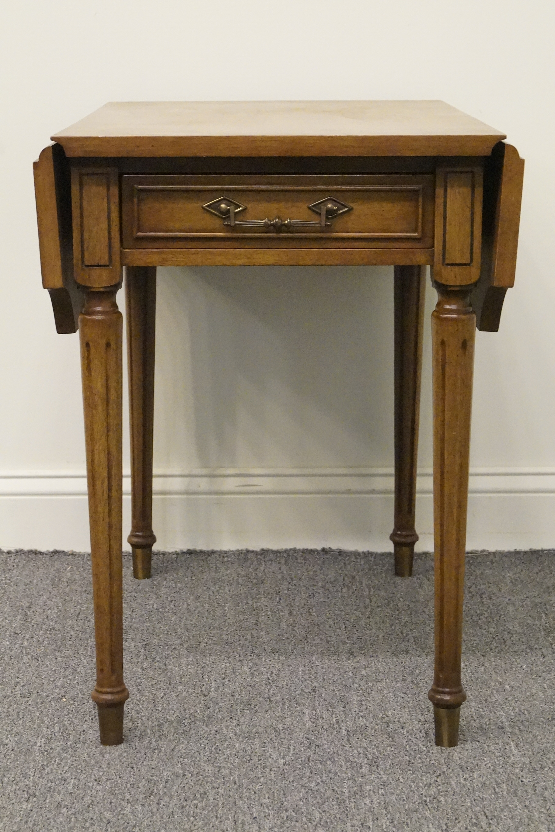 Columbia Manufacturing Mahogany Pembroke End Table. We Specialize In High End  Used Furniture That We