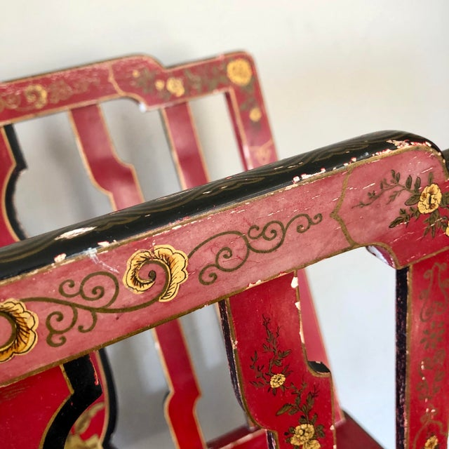 Early 20th Century French Chinoiserie Red Gold Lacquer Magazine Stand For Sale - Image 11 of 13
