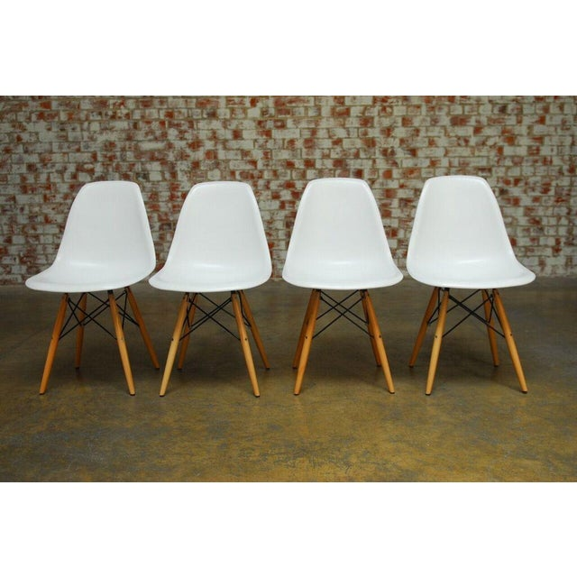 Set of Four Herman Miller Dsw Style Dining Chairs - Image 2 of 11