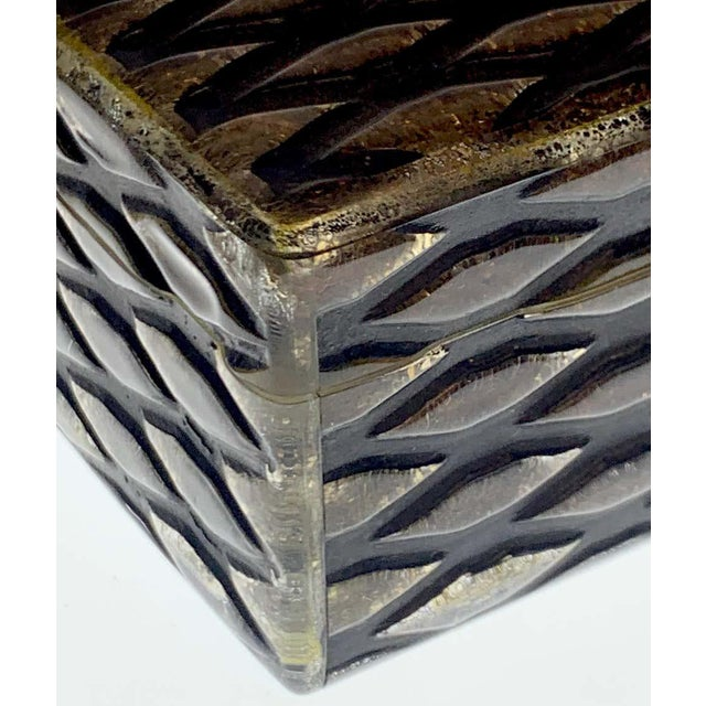 French Art Deco Herringbone Celluloid Box For Sale - Image 4 of 13
