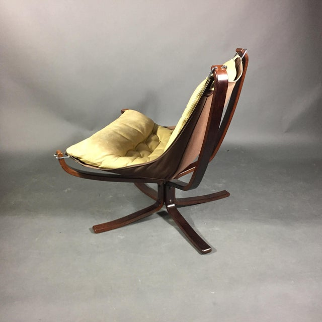 """Sigurd Ressell Yellow """"Falcon"""" Low Back Lounge Chair, 1970s For Sale In New York - Image 6 of 12"""