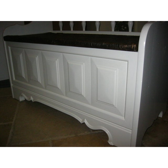 Tall-Back White Cottage Rush Seat Bench - Image 9 of 10