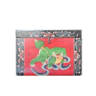 Chinese Vintage Red Black Graphic Theme Trunk Box Chest For Sale
