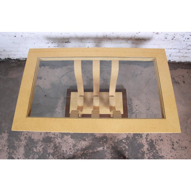 1980s Italian Art Deco Birdseye Maple and Mahogany Pedestal Extension Dining Table For Sale - Image 5 of 11