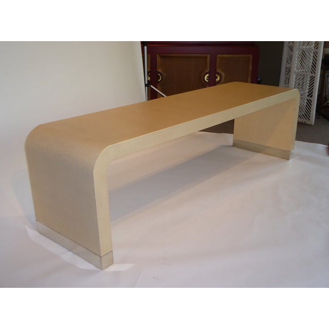 1970s Long Muriel Rudolph Modern Lacquered Grass Cloth Waterfall Console Table - Image 7 of 11
