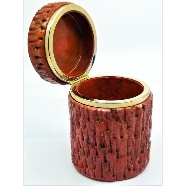 Vintage 1950s Red Alabaster Jewelry Box With a Fois Bois Tree-Like Carved Texture For Sale - Image 4 of 13