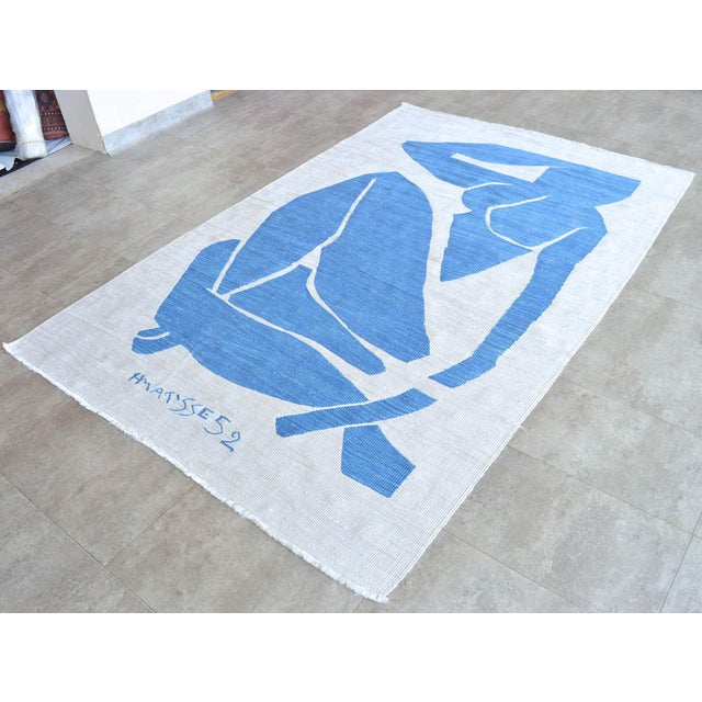 Figurative Henri Matisse - Blue Nude 3 - Inspired Silk Hand Woven Rug Flat Weave Area - Wall Rug 4′8″ × 7′ For Sale - Image 3 of 10