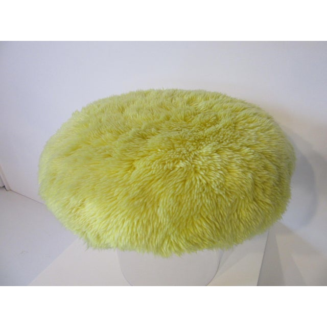 Lucite Vanity Stool Used on the Phil Donahue Show For Sale - Image 4 of 7