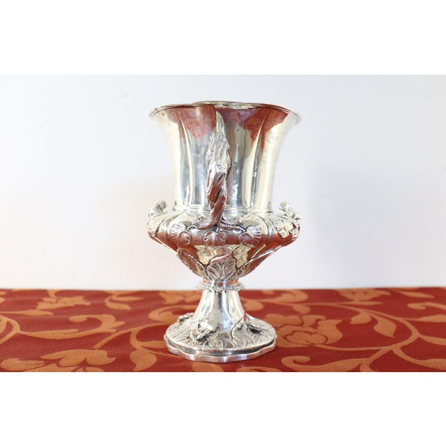 19th Century English William IV Silver Cup For Sale - Image 6 of 11