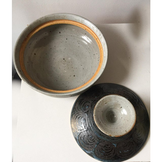 Signed Gerry Williams Mid-Century Stoneware Lidded Bowl - Image 7 of 7